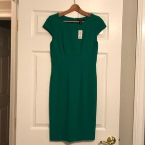 New- Woman's Cap Sleeve Kelly Green Dress